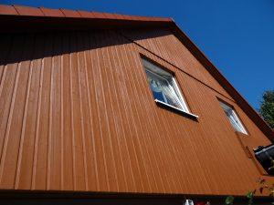 Holzlasur an Fassade - lasieren